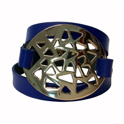Multi Wrap around wristband in genuine Italian leather with gold oval plaque buckle design