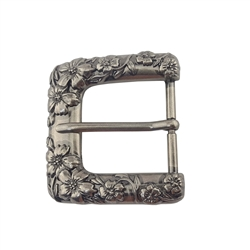 Belt buckle with 3D flower design in antique silver and brass finishes